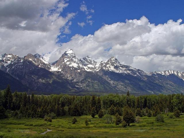 Grand Tetons during our Yellowstone road trip