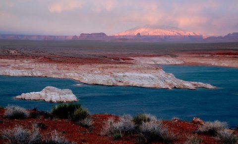 Lake Powell, sunset, Glen Canyon dam, boat