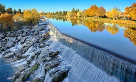 The Snake River waterfall in Idaho Falls, Idaho