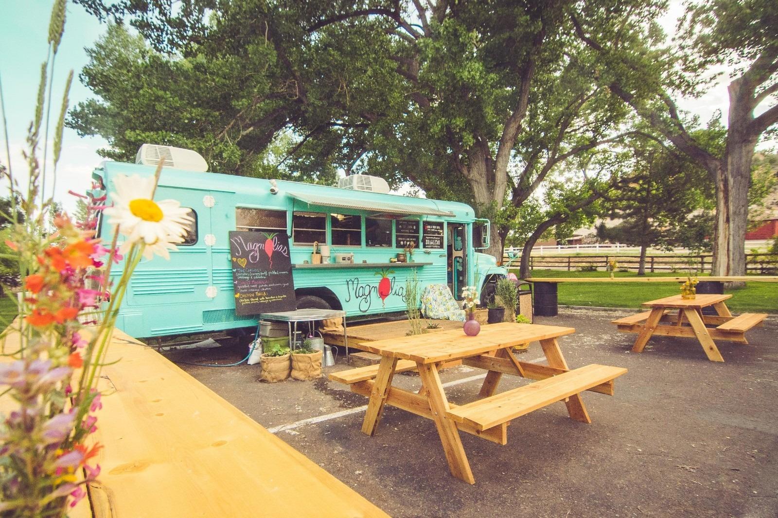 Magnolia Food Truck outside of the Anasazi Museum