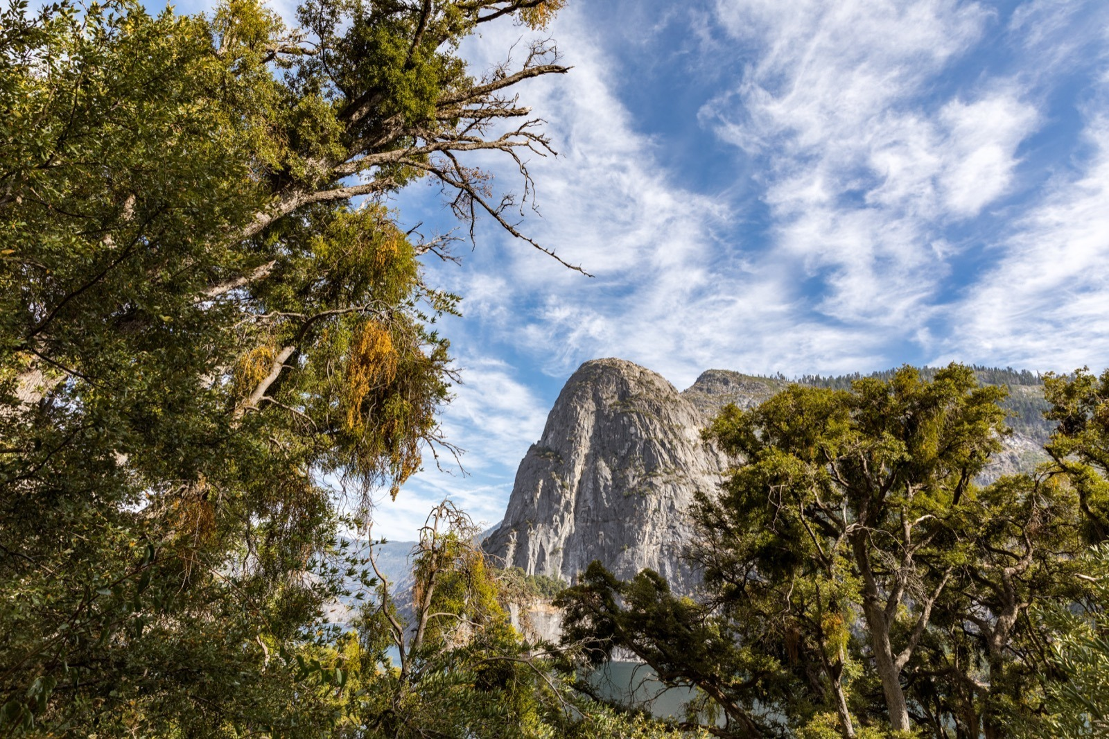 california-high-sierra-tuolumne-hetch-hetchy-reservoir-hike-wapama-falls-yosemite-national-park-3