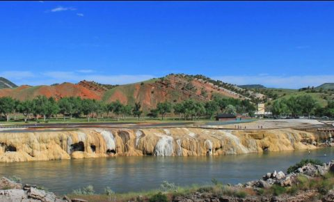 Hot springs in Thermopolis, Wyoming on National Parks road trip itinerary